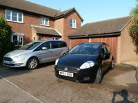 Fiat Grande Punto Dynamic 5 Door 1.2L Black 2007 (07) 2 previous owner 80,000 miles, lady owner