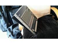 Yamaha mg16 / 6fx mixing desk
