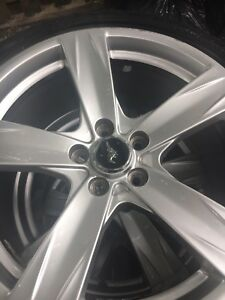 Ford Mustang rims Good year F1