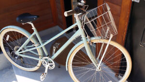 Norco City Glide 7 speed with Basket, Stand, Lock & helmet
