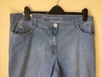 Ladies plus size 20 Designer jeans perfect condition