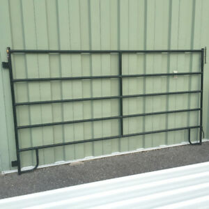 CORRAL PANELS ***NEW, NON-CURRENT STOCK***