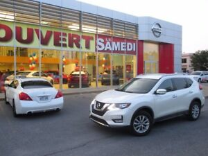2017 Nissan Rogue SV + AWD + CAM. RECUL + GR. ELECT. SV + AWD +