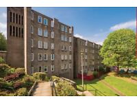 Lovely 3 bed flat with private garden in Stockbridge