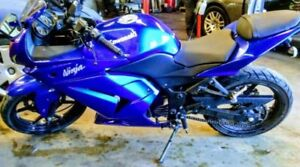 2009 KAWASAKI ZX250 FOR SALE 25k