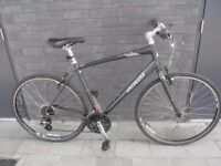 Specialized Sirrus hybrid bicycle(excellent condition)