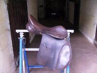 Fieldhouse GFS 17inch Wide VSD saddle