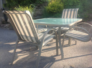 Patio set, Square table + 4 chairs