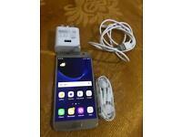 Samsung galaxy S7 gold unlocked 32gb v good condition