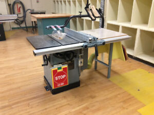 """Delta Unisaw 10"""" Tablesaw"""