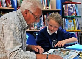 Volunteer Reading Partners wanted to work in local schools from September