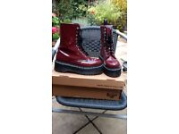 Dr Martens Agyness Deyn boots
