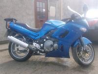 Kawasaki Zzr 600 E motorbike. lovely bike 28k miles