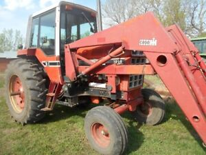 International 1086 Tractor – 6664 hrs with Case Loader & Bucket