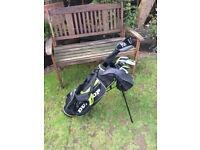Dunlop DDH junior golf club set