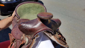 """Western Rawhide Leather 1042 Small Horse Saddle 12"""" Suede Seat"""