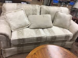Gently Used Furniture - Priced to Clear!!