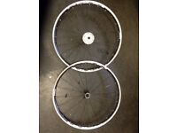 Shimano R500 road bikes wheelset with 9 speed Shimano Sora cassette + QR skewers