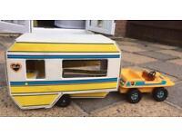 Vintage Sindy Buggy & Caravan