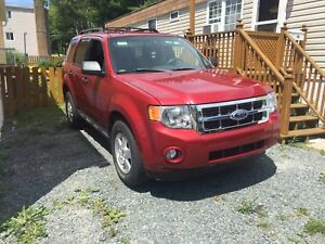 2012 Ford Escape XLT ONLY 56800KM