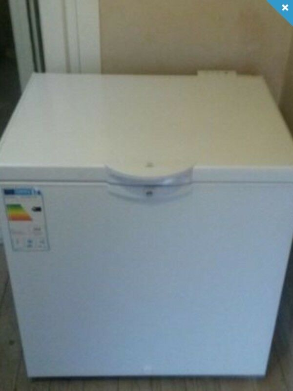 INDESIT CHEST FREEZER DELIVERY AVAILABLE NEARLY NEW