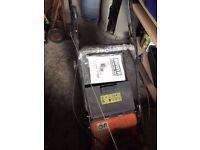 Briggs & Stratton Petrol lawnmower as new
