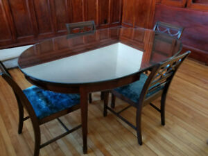 Mahogony Dining Table and Chairs