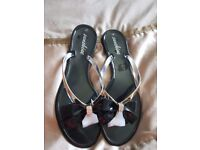 Womens black bow sandals
