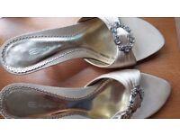 Dolcis Ivory Satin size 4 wedding shoes