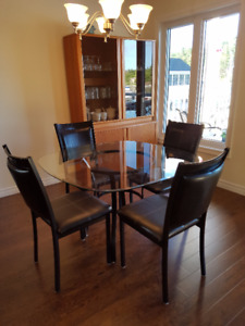 GLASS TOP KITCHEN TABLE & 4 CHAIRS SET KILLARNEY ON