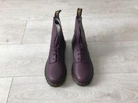 Doc Martens Size 5 Ladies Boots