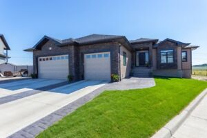 HUGE PRICE REDUCTION!! Custom Bungalow With DREAM finishes!