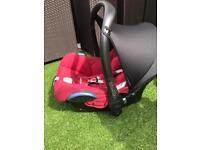 Maxi Cosi Cabriofix Car Seat in Rasberry Red