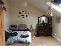 ** Double bed in Large Room for rent in Brockley, Viewings this weekend.
