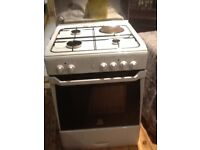 Indesit gas/electric cooker