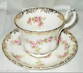 Vintage Royal Albert Bone China Tea Set in Dimity Rose design