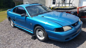1996 Ford Mustang V6 Coupe