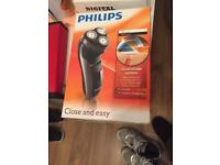 Philips hq6990 men's shaver brand new