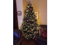 Traditional 7.5ft Christmas Tree