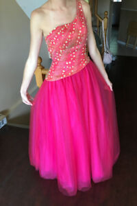 Prom / Bridesmaid, Quinceanera Dress or Ballgown Size 4