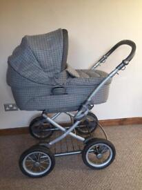Ultima 9 in 1 travel system by Mamas and Papas