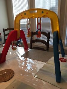 Kelowna - Fisher Price Play Gym