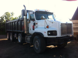 2001 International Paystar Tri-Axle Dump Truck