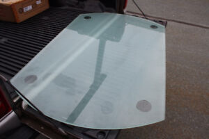 GLASS TOP FOR PATIO TABLE