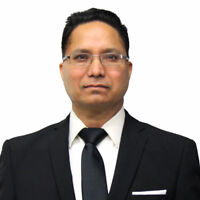IMMIGRATION LAWYER.  REASONABLE AND AFFORDABLE.