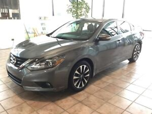 2016 Nissan Altima 2.5 SL Tech NAVIGATION! BACKUP CAM! BLUETO...