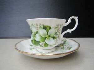 ROYAL ALBERT TRILLIUM FINE BONE CHINA FOR SALE
