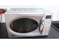 DeLonghi 800W Microwave oven (silver)