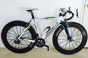Pinarello Dogma 65.1 Movistar Bike Bundle