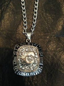 Calgary Flames Replica 1989 Stanley Cup Ring Face & Chain